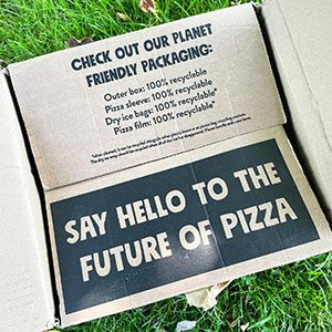 Sustainable d2c packaging - One Planet Pizza